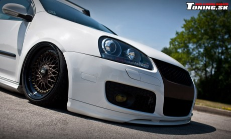 volkswagen-golf-v_stancenation-tuning_bbs-rs_6